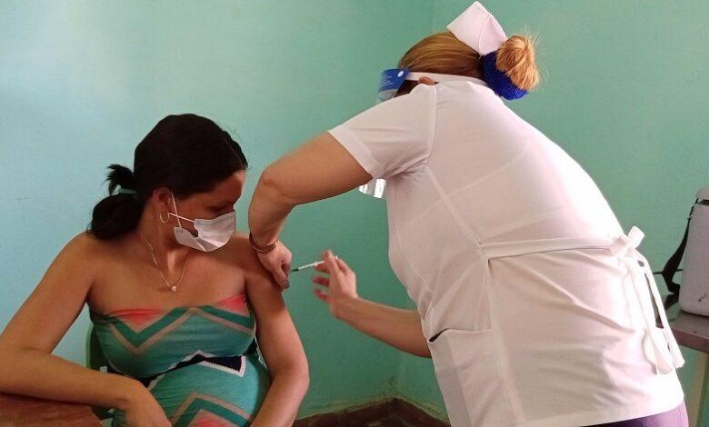 Inicia con éxito proceso de vacunación con Abdala en Sandino