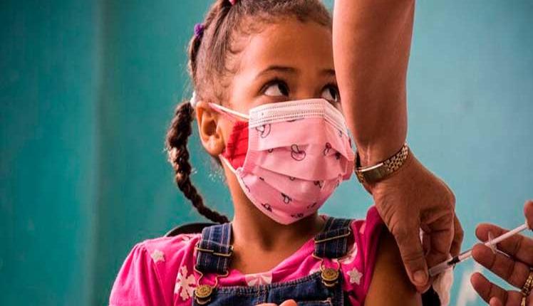 Comienza vacunación antigripal de niños cubanos
